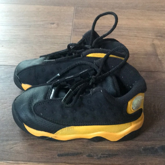 low priced faa79 22a24 Toddler Michael Jordan shoes size 8